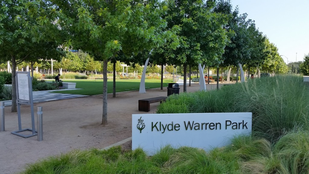 Klyde Warren Park, Dallas, TX